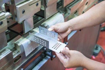 Progressive die metal stamping